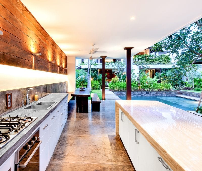 Install an outdoor kitchen in your Virginia or Maryland property today,